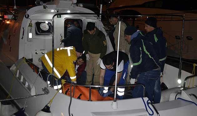 Ege'de göçmen teknesi battı