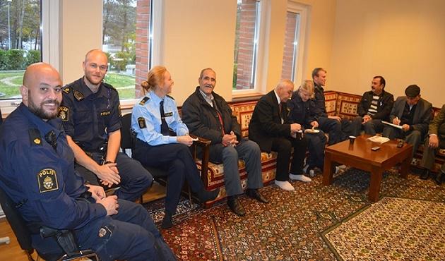 İsveç Polis Günü camide kutlandı