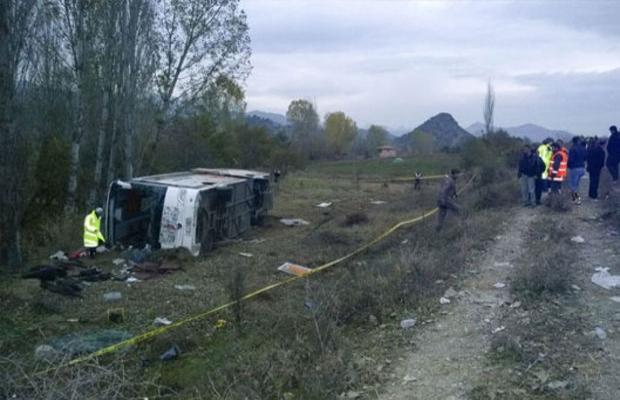 Çorum'da otobüs kazası; 1 ölü, 41 yaralı
