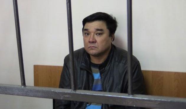 Kazakistan'da İslam'a hakarete ev hapsi