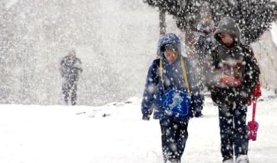 Yurtta ilk kar, ilk kar tatili