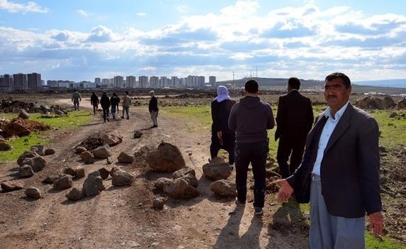'HDP'ye oy vermedik diye arazilerimizi alıyorlar'