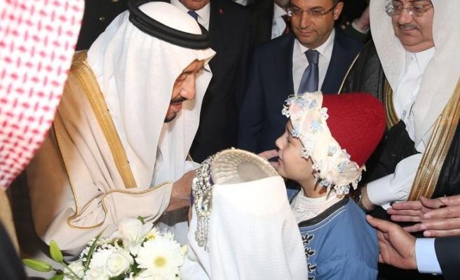 Kral Selman yüzlerce kişilik heyetiyle Antalya'da