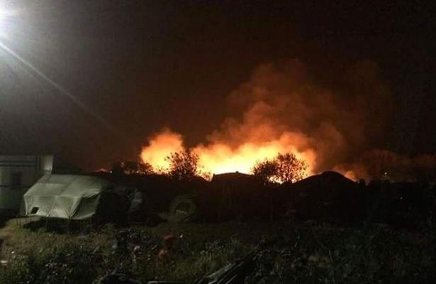Katliam sonrası göçmen kampı yakıldı