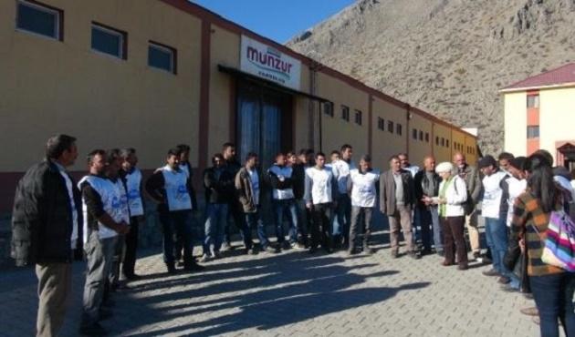 Tunceli'deki tek fabrikanın işçileri 19 gündür grevde