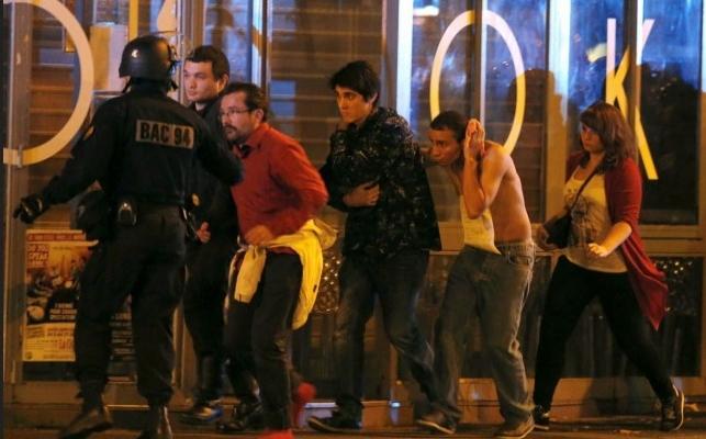 Paris'te bomba paniği | VIDEO