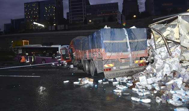 İstanbul'da kaza; TEM Otoyolu kapandı