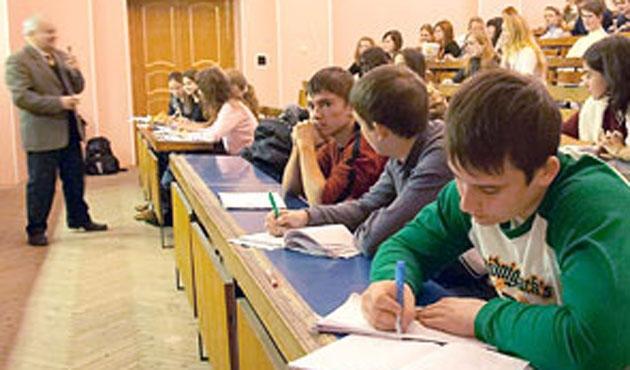 Rusya'daki Özbek öğrenciler yüzde 32 arttı