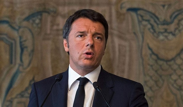 İtalya Başbakanı istifasını erteledi