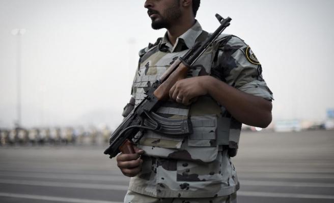 S.Arabistan'da 2 polis öldürüldü