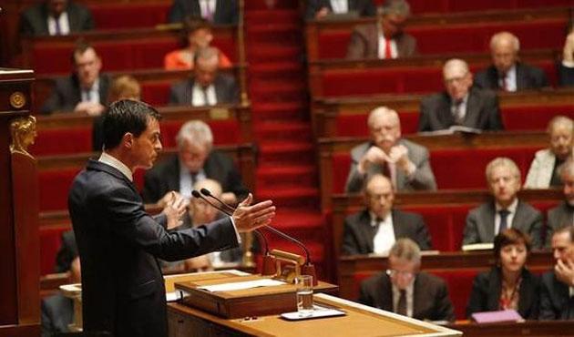 Fransa Başbakanı: Biyolojik saldırı riski var