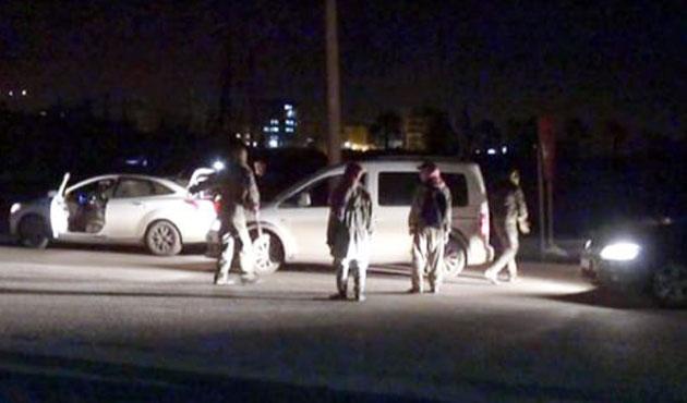 Şırnak'ta yol kesen gruba müdahale