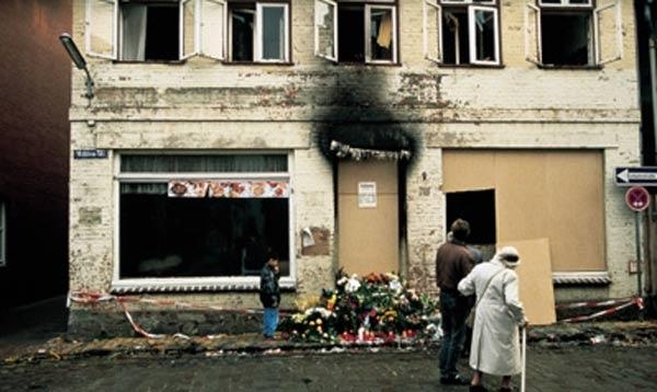 Mölln faciasının 23'üncü yıldönümü