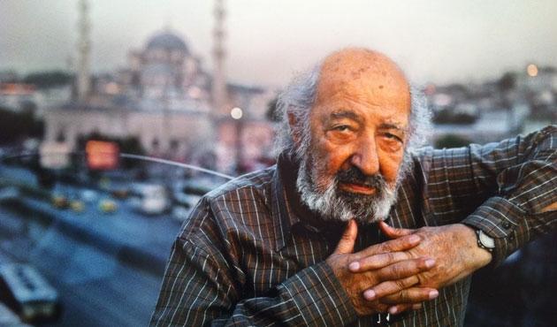 Fotoğraf Sanatçısı Ara Güler arşivini devretti