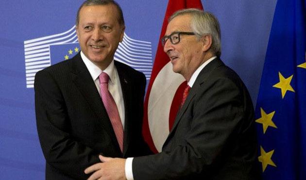 FT: AB, Erdoğan'a boyun eğiyor