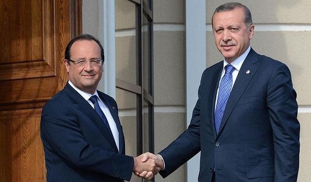 Hollande'den Türkiye'nin savunma hakkına destek