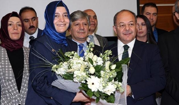 AK Parti MYK'da devir teslim töreni