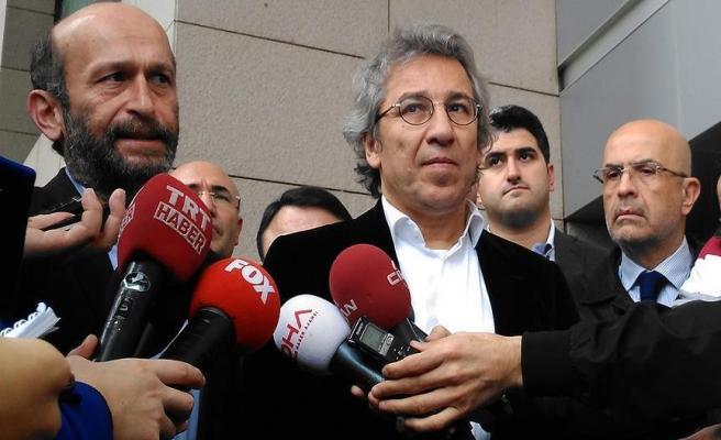 Can Dündar'a tutuklama talebi