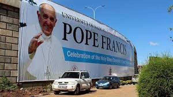 Papa, Afrika gezisinin ilk durağı Kenya'da