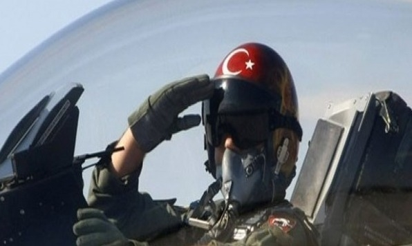 Pilot, uçak düşürmede yetkisini kullanmış