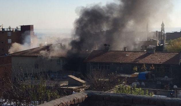 Diyarbakır'da iki ayrı yerde patlama