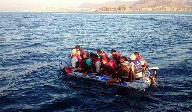 Didim'de sığınmacı teknesi battı