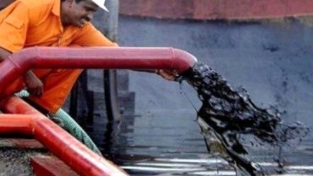 Çin, Rusya'dan bir ayda 80 milyon ton petrol ithal etti