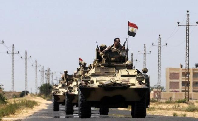 Mısır polisine saldırı: 2 ölü