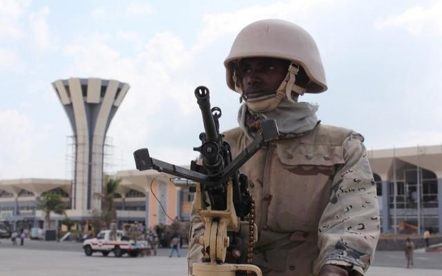 Aden'de sokağa çıkma yasağı uzatıldı