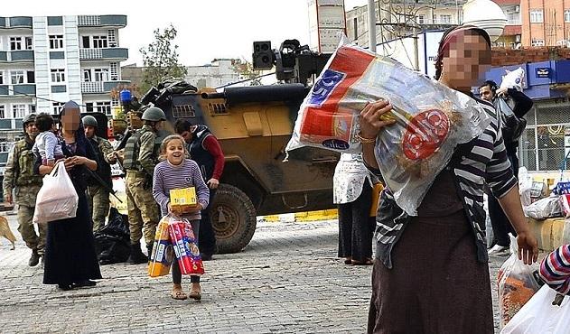 Şırnak'ta gıda dağıtıldı