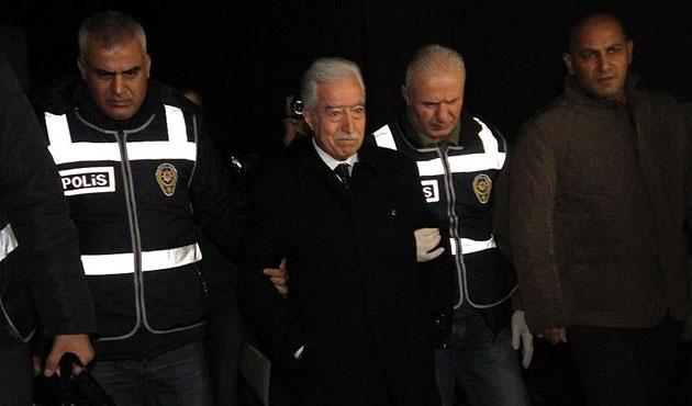 Adana'da 30 adreste 'paralel yapı' operasyonu