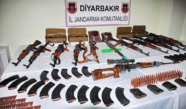 PKK'lılara gönderilen silahlar ele geçirildi
