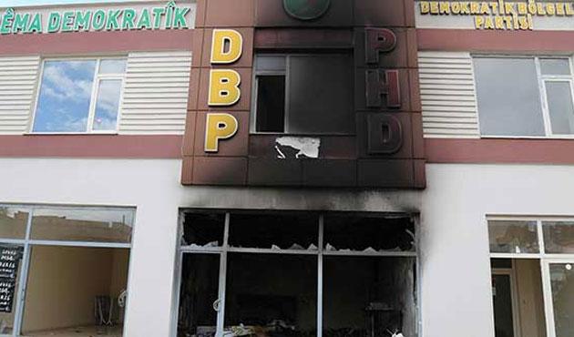 Çınar'da DBP binası ateşe verildi