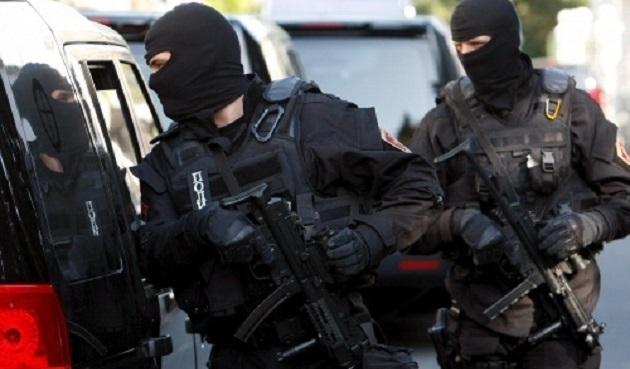 Sırp polisler soygundan gözaltına alındı