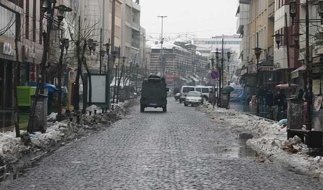 Sur'da sokağa çıkma yasağı kısmen kalkıyor