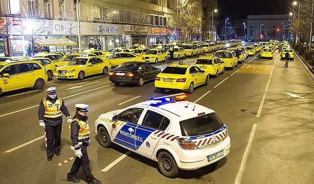 Budapeşte'de taksicilerden protesto eylemi