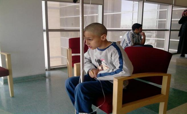 Filistin'de kanser hastaları eylem yaptı