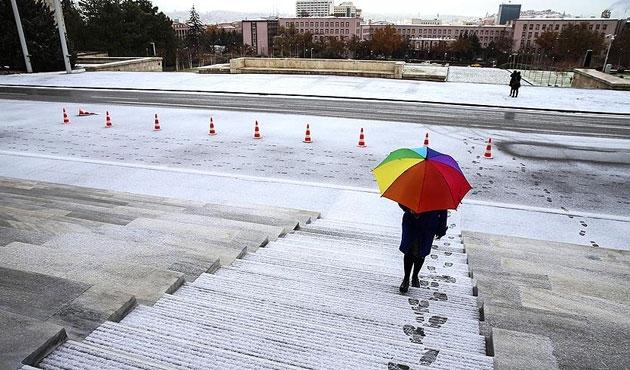 Ankara'da bu gece ve yarın kar var