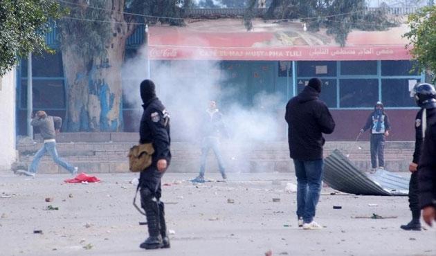Tunus'ta gösteriler ülke geneline yayıldı
