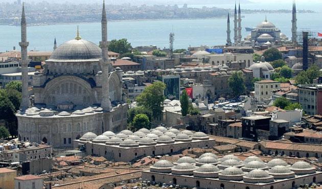 Eminönü UNESCO'ya rağmen turizme açılıyor