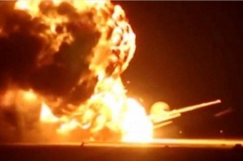 Rus savaş uçağı infilak etti | VİDEO