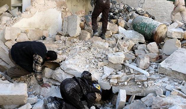 Suriye'de Rusya'nın hava saldırısında 50 sivil öldü