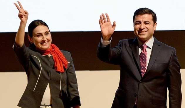 HDP'de Demirtaş ve Yüksekdağ yeniden eşbaşkan