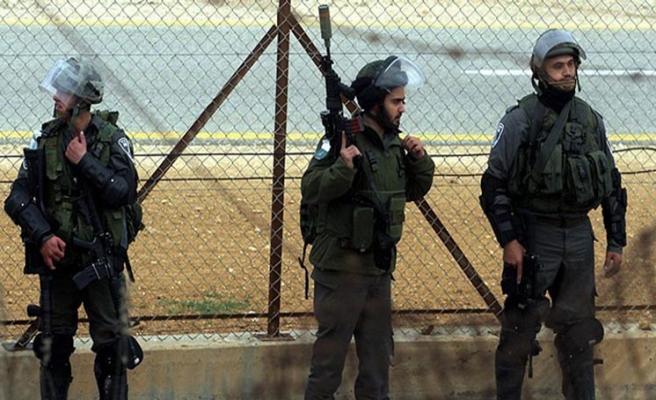 İsrail'den Filistinli milletvekili ve eski bakana gözaltı
