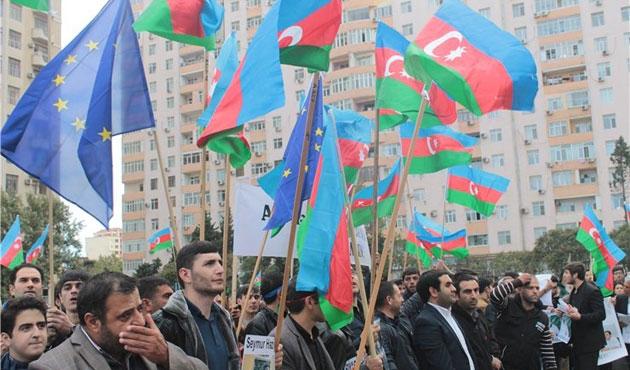 Azeri muhalifler siyasi reform istiyor