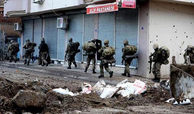 Cizre'deki çatışmada bir polis hayatını kaybetti