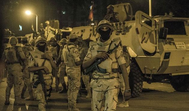 Mısır'da askeri araca saldırı: 2 ölü