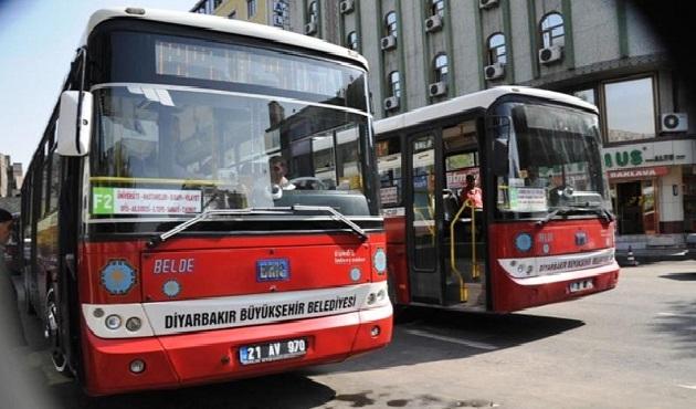 Diyarbakır'da iki belediye otobüsü kurşunladı