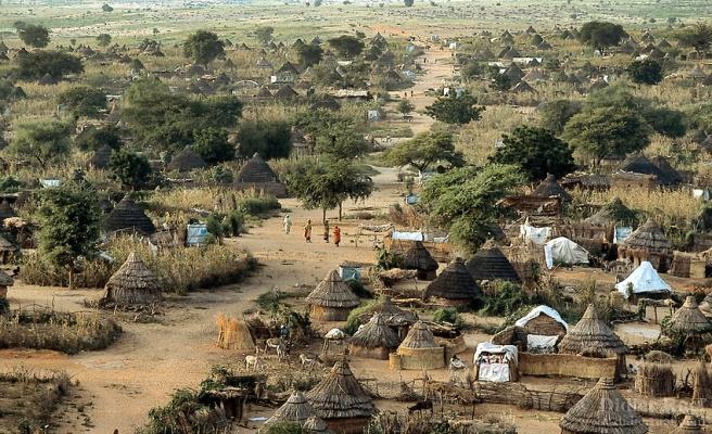 Darfur'da 34 bin kişi evini terketti