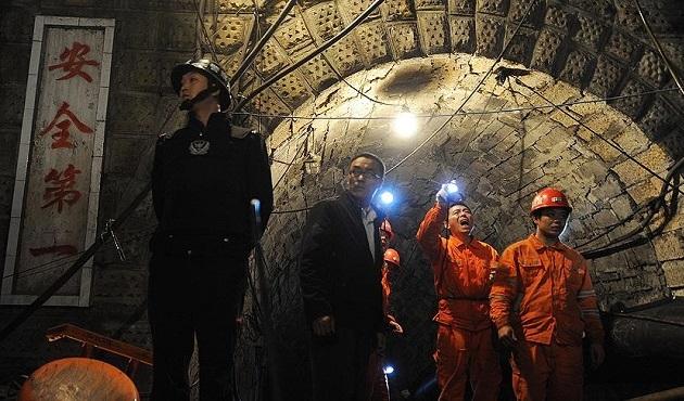 Çin'de madenciler 36 gün sonra kurtarıldı